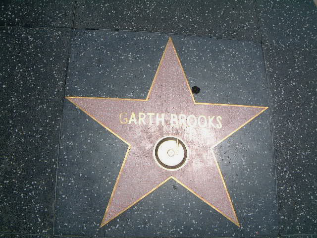 Garth Brooks Star